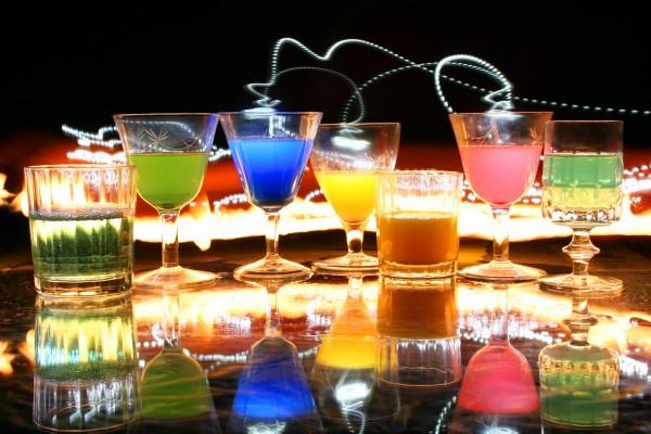 Kolorowe drinki.
